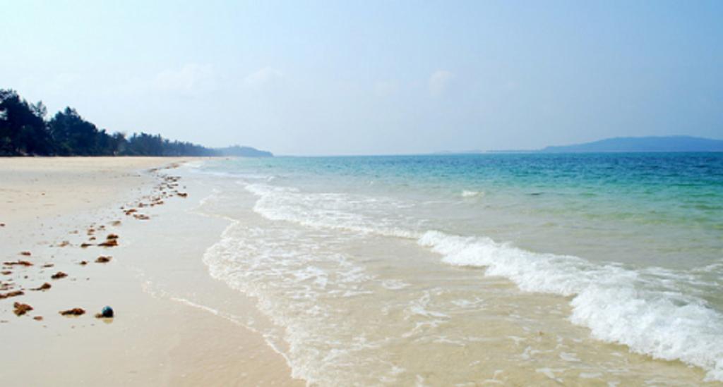 Hình ảnh: Bãi biển Vàn Chảy